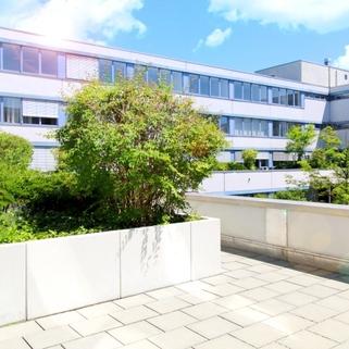 Außen 1 Effiziente Büroflächen mit sonnigen Innenhöfen