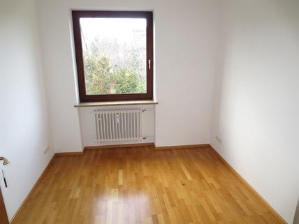 Büro oder Gäste **Rarität in Waldtrudering**Stilvolle 4-Zi-Etagen-Whg. mit S/O-Balkon+West-Garten im 2-Familienhaus**