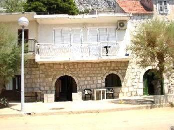 N1430228_mvc-001f.jpg Renoviertes gemütliches Haus in Kroatien - Makarska Riviera