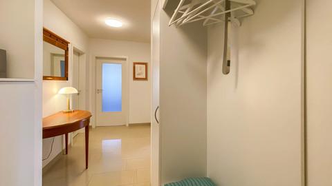 Eingangsbereich Hochwertig ausgestattete Balkonwohnung