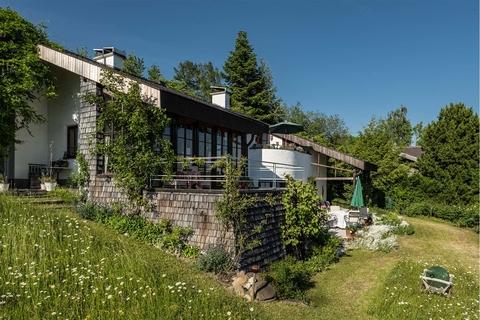 Natürlich gebaut! NATURSCHÖNHEIT!<br /> Traumhaus mit Bergblick<br /> - 20 Min. in die Stadt Salzburg!