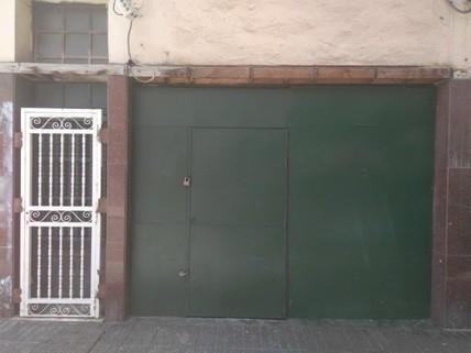 N44080211_mvc-001f.jpg Vier-stöckiges Gebäude in der Nähe von Las Canteras.