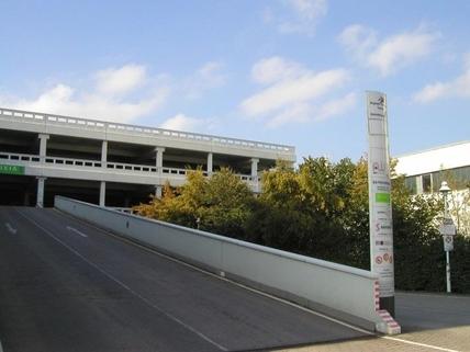 Garage Hochwertige Büro- und Serviceflächen