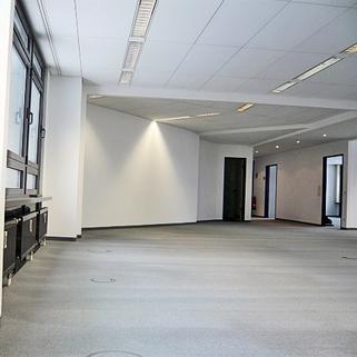 Büro 5 STOCK - Moderne Bürofläche am Nymphenburger Kanal