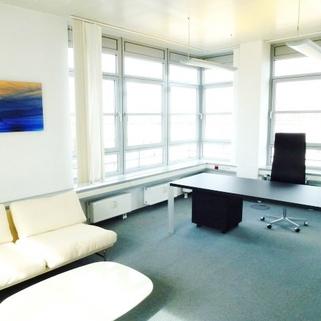 Innen1 Attraktives Büro am Hirschgarten