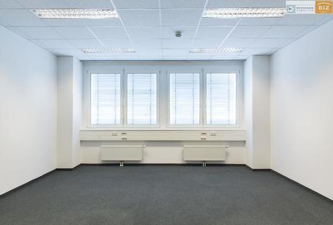 Büro2 3-Raum Büro mit Klima und Küche im BIZ-Wels, TOP 1S17