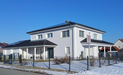 Bild 2 Neuwertige Villa mit exklusiver Ausstattung