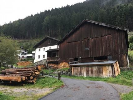 Stall Baurecht Grundstück mit Altbestand im beliebesten Schigebiet