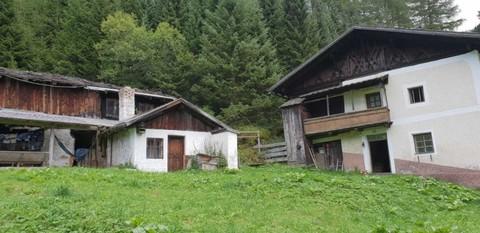 Hof Geschlossener Hof eine Tiroler Rarität