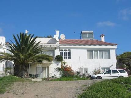 PE0375_mvc-001f.jpg freistehendes Einfamilienhaus mit Pool und Top Aussicht