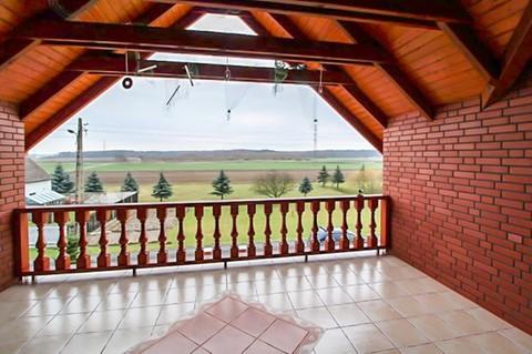 PPL0167_mvc-001f.jpg Solides Landhaus auf grossem Grundstück in Polen, Nähe Opole