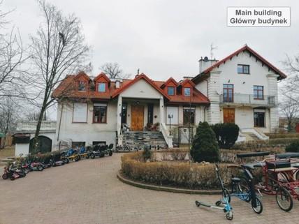 PPL0172_mvc-001f.jpg Weitläufiges Anwesen bei Lublin