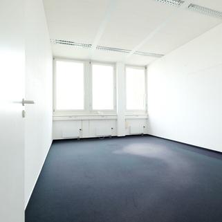 Innen6 Zwischen Bogenhausen und Messe Riem ... Günstige Büroräume