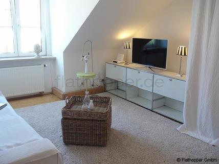Bild 1 FLATHOPPER.de - Möblierte 3,5 Zimmer Wohnung in München - Glockenbachviertel