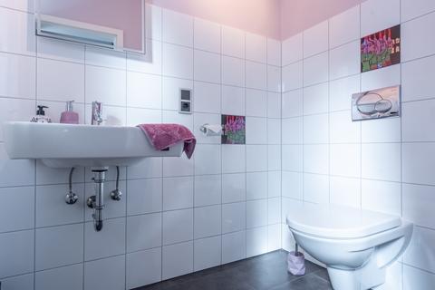 Gäste-WC Mehrgenerationenhaus in Feldlage