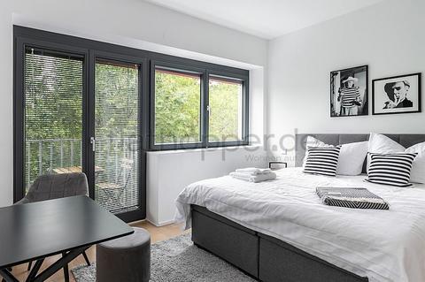 Bild 1 FLATHOPPER.de - Hochwertige 1-Zimmer-Wohnung mit Balkon in Berlin-Kreuzberg