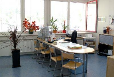 Bild_4.jpg Startbonus möglich für sonniges 2-Raum-Büro im GTZ, Top 21b