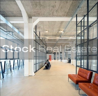 Loft STOCK - Das echte Industrtieloft