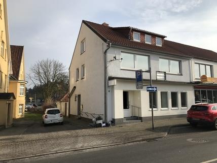 Außenansicht +++ Voll vermietetes Wohn- und Geschäftshaus im Zentrum von Bomlitz, 7 % Rendite p.a.+++