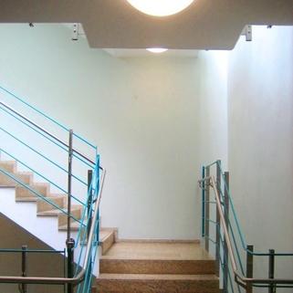 Treppenhaus Büros für Groß und Klein