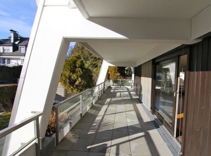 Terrasse/Südausrichtung Für Terrassenliebhaber, schöne 2-Zimmer-Wohnung mit 2 großzügigenTerrassen, Bestlage Menterschwaige