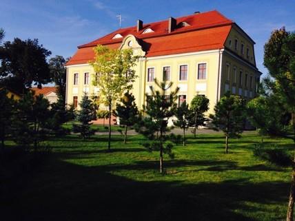 PPL0174_mvc-001f.jpg Schloss-Seniorenheim/Altersheim