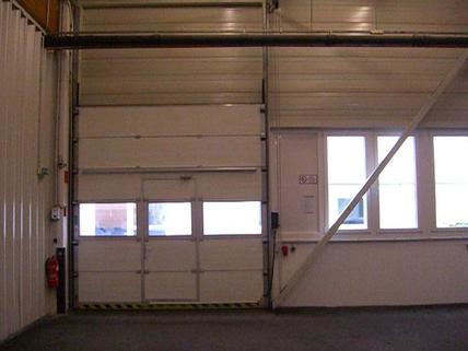 Rolltor 1 - 3 Hallenabteile im GWZ BIZ Wels