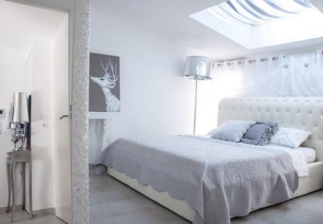 Bild 1 Franz. Riviera / Monaconähe: hochwertig möbliertes Penthouse mit Meerblick zu verkaufen