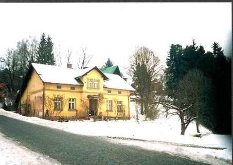N1430422_mvc-001f.jpg Familienhaus in ruhiger Lage - billig
