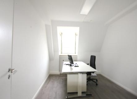 Arbeitszimmer 1 Beste Lage - Altstadt - Moderne Büroräume zur Untermiete