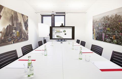 Videokonferenz Repräsentative Immobilie und voll ausgestattete Büros mit Service