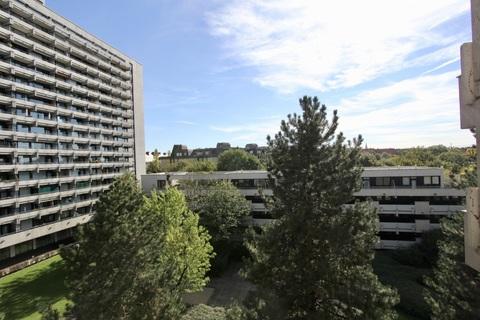 Blick vom Balkon RESERVIERT !!! ERBBAURECHT: 2-Zimmer-Wohnung mit Balkon in ruhiger, zentraler Lage Haidhausen nahe Gasteig