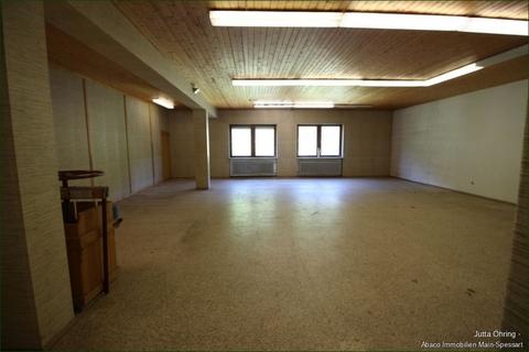 Lager 5 Wohn- und Geschäftshaus mit Laden - und Lagerflächen auf 2 Etagen mit zusätzlichen Garagen!