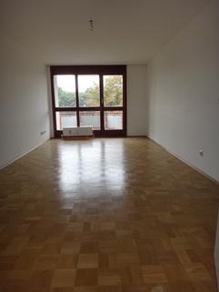 Wohnraum gepflegtes Appartement mit Balkon Nähe MAN zu verkaufen