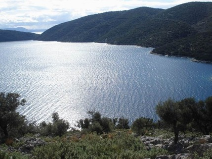 PGR0218_mvc-001f.jpg Bauplatz auf der Ionischen Insel Meganisi