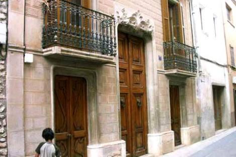 N1550061_mvc-001f.jpg Historisches Jugendstilgebäude