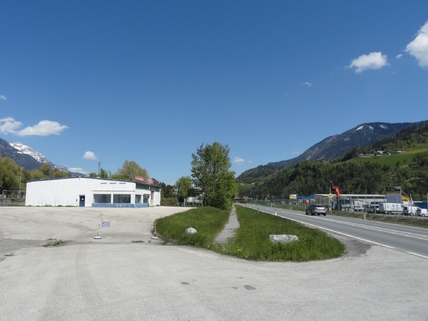 Ansicht_1 TOP LAGE direkt an der Tiroler Bundesstrasse!