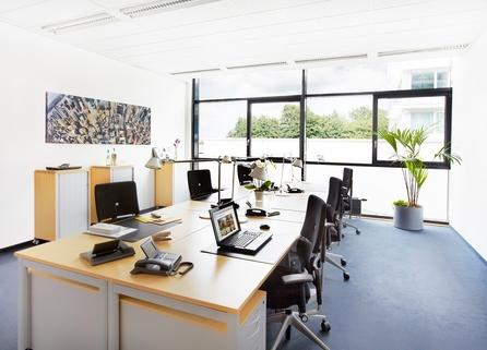 Teambüro 6 Personen Repräsentatives Bürogebäude in der Leopoldstraße, Büroräume von 14 m² bis 10800 m²