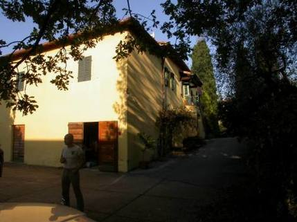 N10880015_mvc-001f.jpg Grosses Landhaus mit Blick ins Chianti