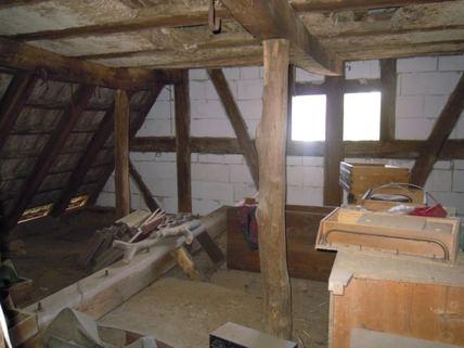 Dachgeschoss Ein Haus, das Geschichte erzählen kann