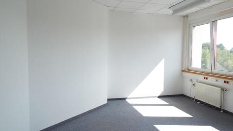 TOP32b_Raum2 Sonniges 2 Raum Büro im GTZ Wels Top 32b, provisionsfrei