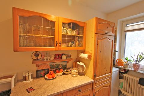 Einbauküche Ideal geschnittene 3-Zimmer-Wohnung in ruhiger, grüner Lage nahe Lerchenauer See