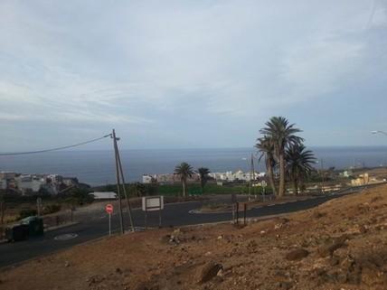 N44080058_mvc-001f.jpg Städtische Sonnen Ayala Haus mit Blick aufs Meer.