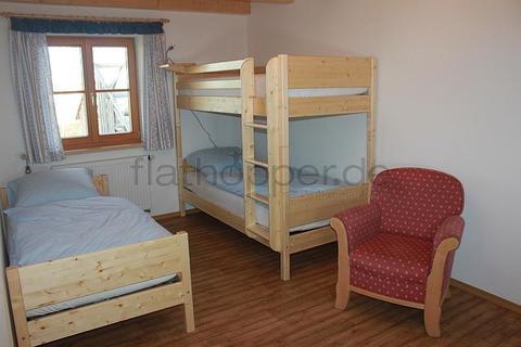 Bild 5 FLATHOPPER.de - 3-Zimmer-Wohnung mit Balkon in Egling nahe München