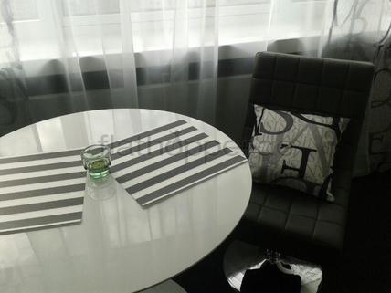 Bild 2 FLATHOPPER.de - Neu möbliertes Apartment mit Weitblick für gehobene Ansprüche in Stuttgart - Möhrin