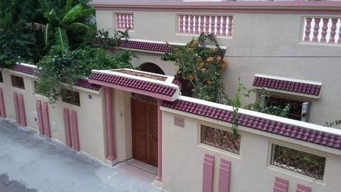 PTN0029_mvc-001f.jpg Luxuriöse Villa in Rades-Plage, 50 meter vom Meer entfernt