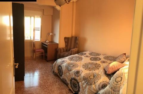 PE0608_mvc-001f.jpg Ideale Kapitalanlage als Studentenwohnung
