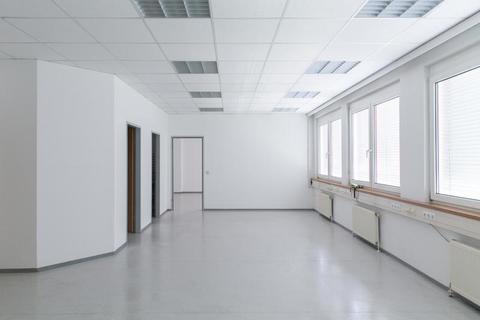 Top35_2 Geräumiges 3-Raum Büro im GTZ-Wels, TOP 35 inkl. Küche und Abstellraum