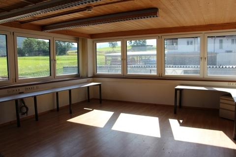 IMG_1380 Verkaufsflächen mit Lager und Büro in Karres zur Miete