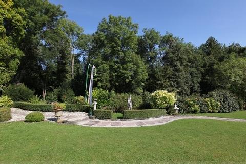 Traumhafte Parkanlage Wohntraum historisches Schlössel am Ammersee, kernsaniert, auf 5.000 qm uneinsehbarem Grund